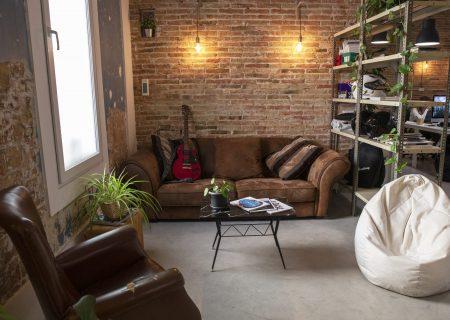 coworking-poblenou-eclektic-sofa